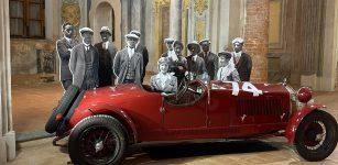 La Guida - Fotografie in bianco e nero, auto storiche e aria di competizione in San Francesco
