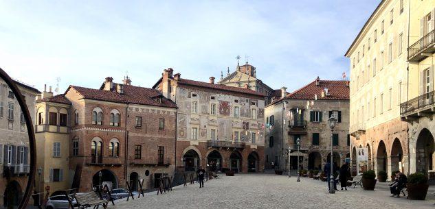 La Guida - Mondovì, torna l'area pedonale in piazza Maggiore
