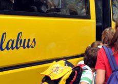 La Guida - Trasporto scolastico, al via da oggi (13 luglio) le iscrizioni online al servizio