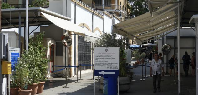 La Guida - Cipro, l'altro muro d'Europa