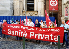 La Guida - Protesta dei lavoratori della sanità privata