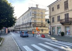 La Guida - Caraglio, senso unico alternato in via Roma per lavori al Palazzo del Fucile