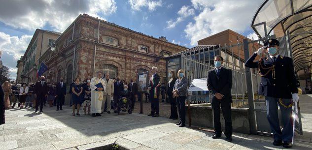 La Guida - Gabrielli a Cuneo per l'intitolazione della Questura a due poliziotti (video)