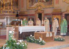 La Guida - Centallo, traslati nella chiesa parrocchiale i resti mortali di don Stefano