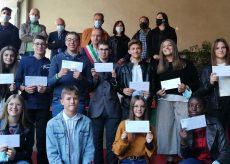 La Guida - Premiati gli studenti a Costigliole Saluzzo