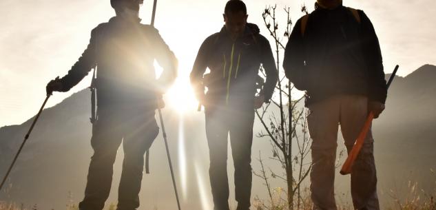 """La Guida - Oggi arrivano i camminatori di """"Attraverso le Alpi"""" da Vernante"""