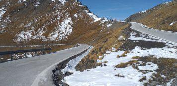 La Guida - Barriere di sicurezza stradale verso il Colle dell'Agnello