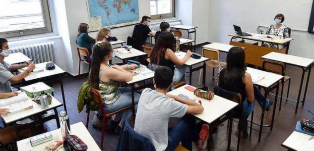 La Guida - Didattica a distanza per le superiori e trasporti pubblici al 50% della capienza