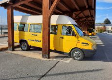 La Guida - Centallo, alcuni ragazzi scassinano lo scuolabus e lo guidano in piena notte