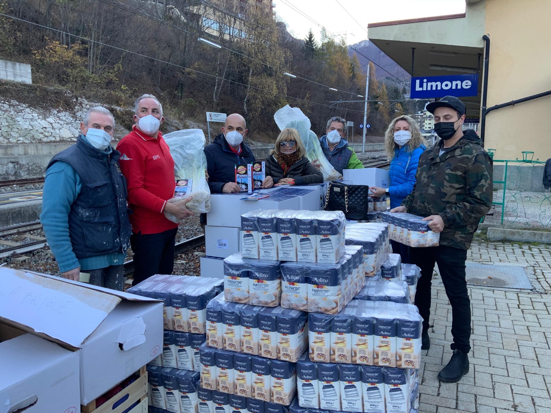 Derrate alimentari in partenza da Cuneo per la Valle Roya (5)