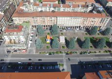 La Guida - Piazza Europa, la revisione del progetto riapre le polemiche
