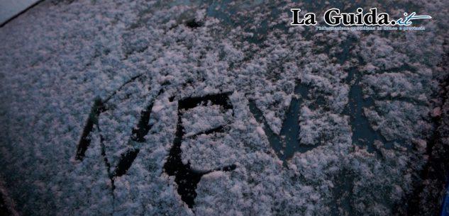 La Guida - Primi fiocchi di neve a Cuneo (video)