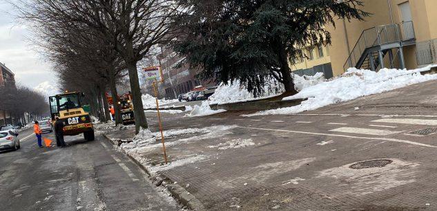La Guida - Rimozione neve per il ritorno in classe degli studenti
