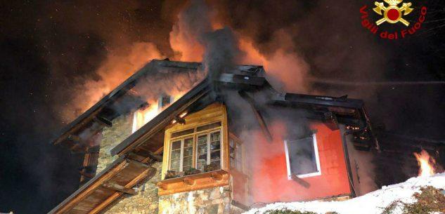 La Guida - A fuoco nella notte un'abitazione a Liretta di Montemale