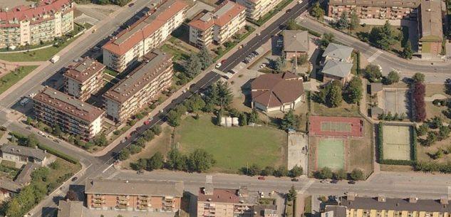 La Guida - Luce a scatti nel quartiere di Cuneo Sud