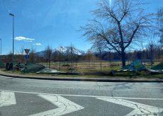 La Guida - Vento forte a Cuneo, divelte le recinzioni al parco Parri