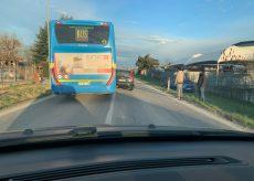 La Guida - Auto fuori strada all'ingresso di San Rocco Bernezzo