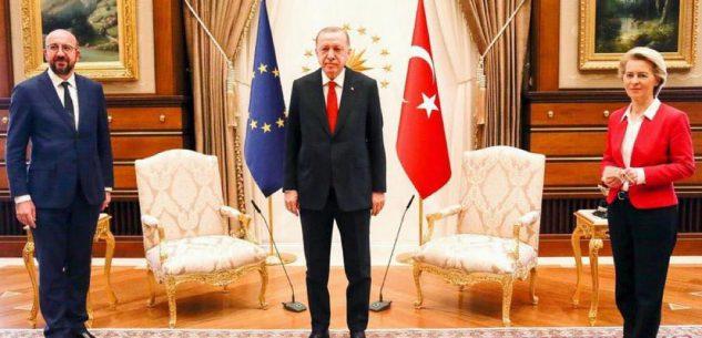 La Guida - Ue e Turchia, due uomini e una donna. In piedi