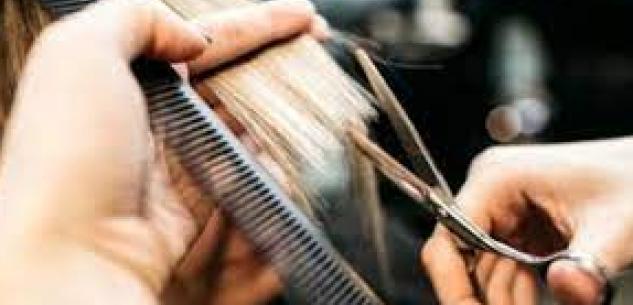 La Guida - Da mercoledì aperti negozi, parrucchieri ed estetisti