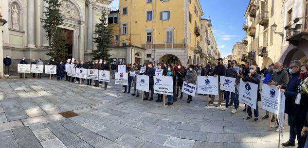 """La Guida - Commercio e ristorazione: """"Ora basta, fateci riaprire!"""" (video)"""