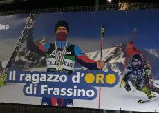 """La Guida - Uno striscione celebra """"il ragazzo d'oro di Frassino"""", Fabio Allasina"""