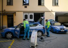 La Guida - Sanificati mezzi di Polizia di Stato e Polizia locale del capoluogo