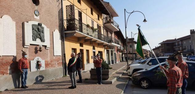 """La Guida - Villafalletto, omaggio a caduti e Alpini con """"Il silenzio"""""""