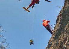 La Guida - Cade durante un'arrampicata, giovane ferita a Barge