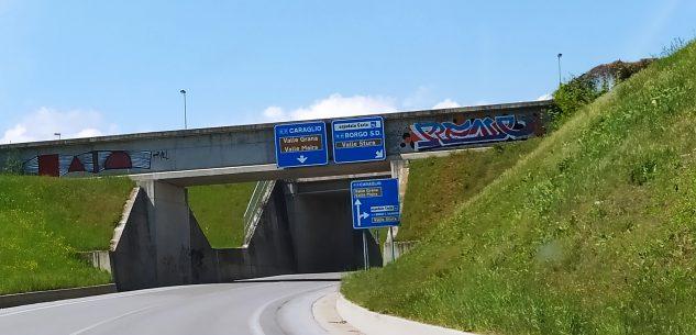 La Guida - Est-Ovest e dintorni, superfici sempre più amate dai graffitari