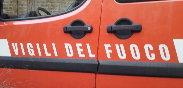 La Guida - Cuneo, auto in fiamme a un distributore di Borgo San Giuseppe