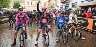 La Guida - Il Giro d'Italia sulle strade della Granda, la maglia rosa compie 90 anni