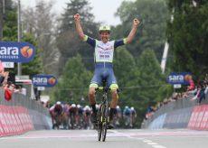 La Guida - Giro d'Italia, Taco Van der Hoorn vince a Canale