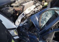La Guida - Scontro frontale tra auto e furgone a Guarene