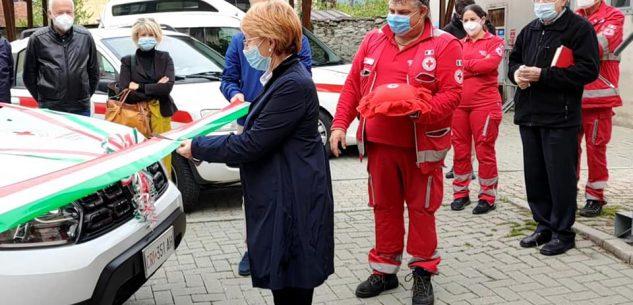 La Guida - Un nuovo mezzo per la Croce Rossa di Barge