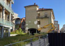 La Guida - Iniziata la demolizione dell'edificio ex Ipi in via XX Settembre