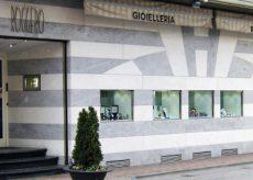 """La Guida - Rapina a Grinzane: """"I colpi di pistola sparati tutti all'esterno del negozio"""""""