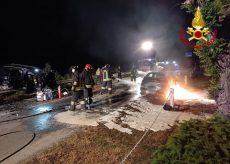 La Guida - Un morto nell'auto in fiamme a Cavallermaggiore e una donna ferita