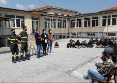 La Guida - Busca, amministratori e Vigili del Fuoco incontrano gli studenti