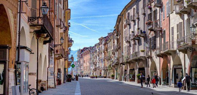 La Guida - Nel cuore del centro storico di Cuneo (prima parte)
