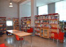 La Guida - In biblioteca per sentirsi avvolti dalla magia dei libri