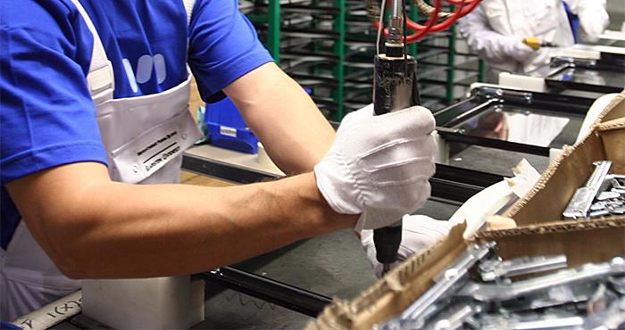 lavoro-occupazione-fabbrica