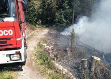 La Guida - Incendio boschivo nella zona di Chiusa Pesio, nessun ferito