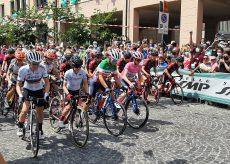 La Guida - È partita da Boves la seconda tappa del Giro d'Italia Donne