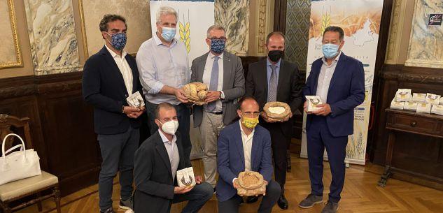 La Guida - Grano Piemonte, fino ai consumatori con il pane fresco artigiano