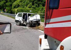 La Guida - Una persona deceduta nello scontro con un camion a Demonte