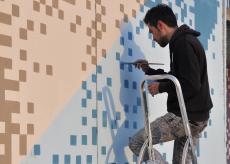 La Guida - Il muro in cemento del centro di Moiola pronto a trasformarsi in un'opera d'arte