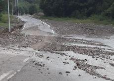 La Guida - A Limonetto la pioggia ha riportato in strada i detriti dell'alluvione (video)