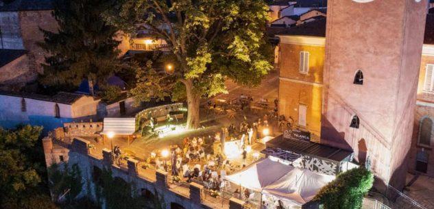 """La Guida - A Castello di Dogliani la musica con """"VàLanga"""""""