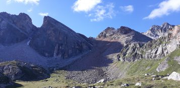 La Guida - Pic delle Sagneres, i quattro colli nel vallone di Unerzio, i tre laghi di Sant'Anna di Vinadio
