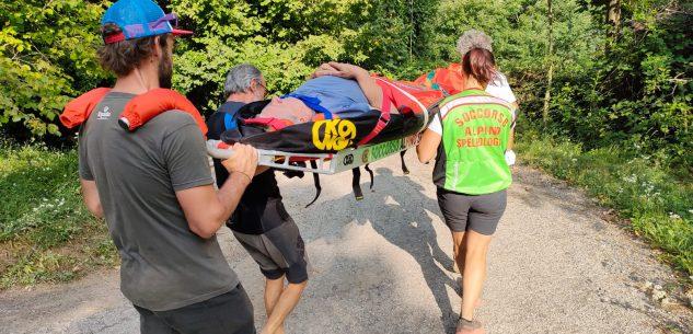 La Guida - Anziano si ferisce in un bosco a Bernezzo, soccorso